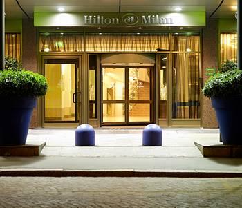 Fil Franck Tours 4 Hotels In Milan Hilton