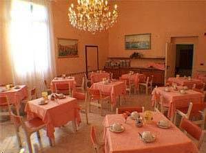 Fil Franck Tours - Hotels in Venice : Hotel Edelweiss Stella Alpina