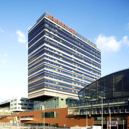fil franck tours hotels in amsterdam. Black Bedroom Furniture Sets. Home Design Ideas